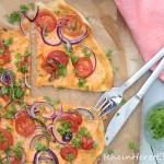 #ichbacksmir | Flammkuchen mit Süsskartoffeln und roten Zwiebeln