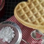 Ein Herz für Dich | Luftige Waffeln aus Crème Fraîche-Teig