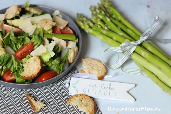 Spargel-Ciabatta-Salat