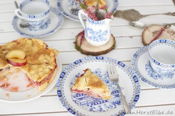 Marzipan_Pflaumenkuchen mit Zuckerkruste_rheinherztelbe_3