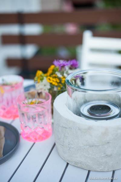 wir lieben sommerabende diy idee tischkamin aus beton. Black Bedroom Furniture Sets. Home Design Ideas