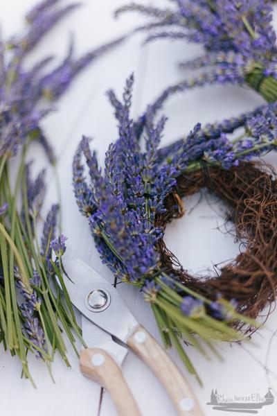 Eine kleine Auszeit | Lavendelkränze selber machen rheinherztelbe DIY