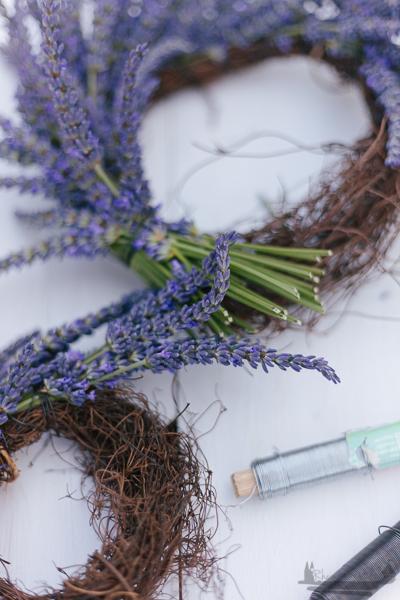 Eine kleine Auszeit | Lavendelkranz DIY rheinherztelbe